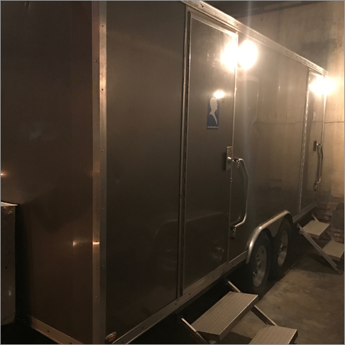 Trailer washroom Rental Service