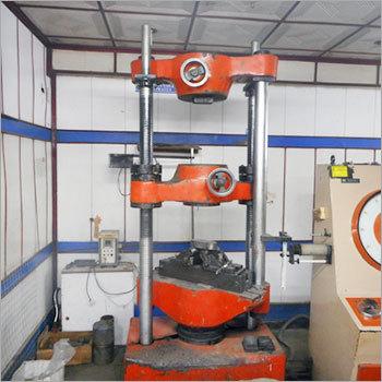 Electrical Universal Testing Machine