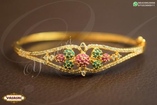 Designer Women New Bracelet