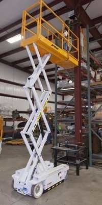 Scissor Lift with cabin