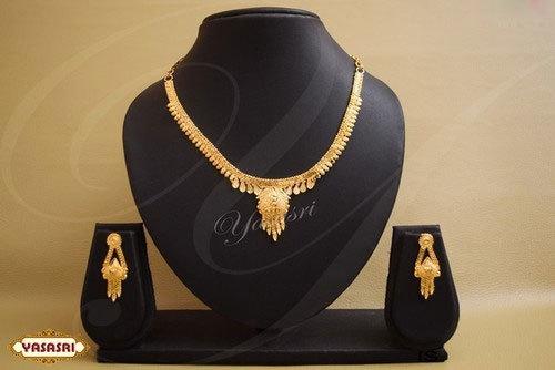 Fashionable Designer Necklace