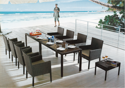 Compact Style Outdoor Wicker Dining Table Set