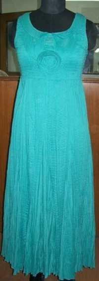 Emb Yoke Gown