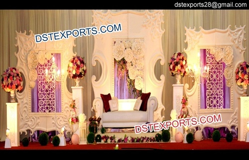 Modern Wedding Stage Decor