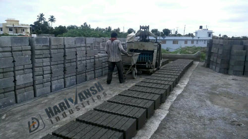 Block Making Machine ( Paller Type )
