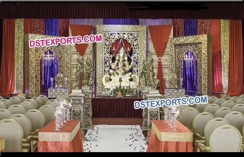 Traditional Indian Wedding Mogul Stage