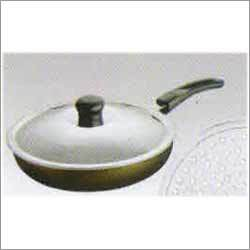 Straight Fry Pan with Lid