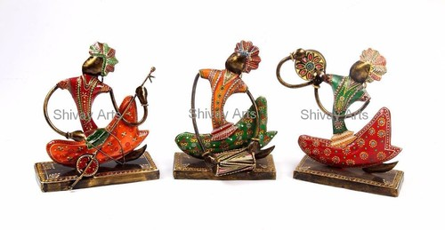 Showpiece & Figurines