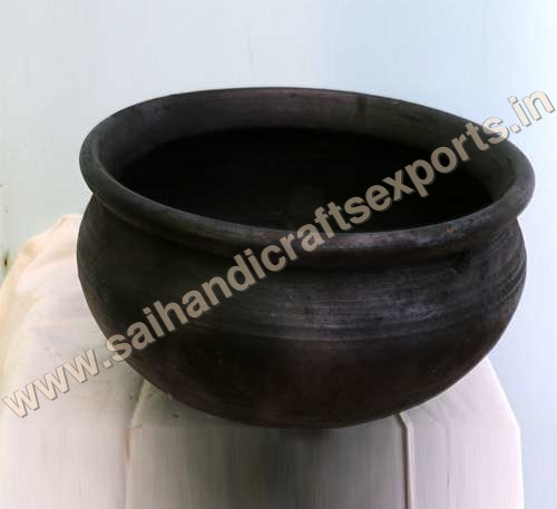 Black Clay Pots