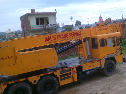 Truck Mounted Telescopic Cranes Rental Services