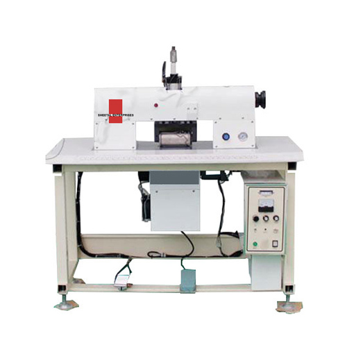 Ultrasonic Gantry Frame Lace Sewing Machine