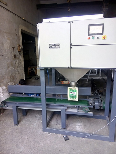 Puffed Rice Packing Machine