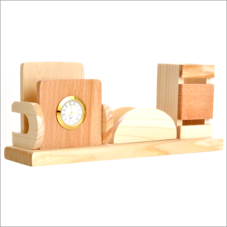 Wooden Pen Holder