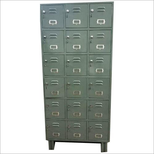18 Industrial Lockers