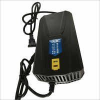 Lithium Ion Battery Trickle Charger