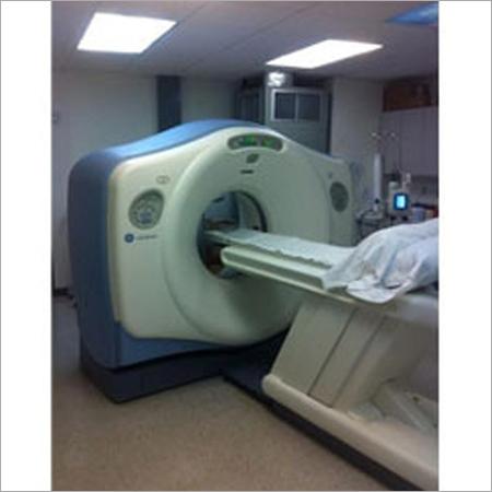 CT Scanner GE Light Ultra