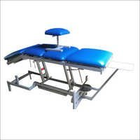 4 Section Physiotherapy Treatment Couch