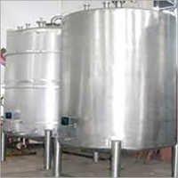 Manufacturer of Tanks & Vessels