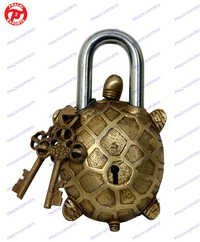 Lock W/ Designer Key Turtle Shape