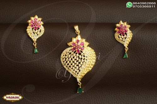 Ladies designer pendents
