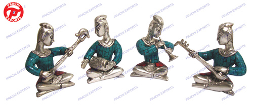 Musical Village Man Set Of 4 Pcs W/ Stone