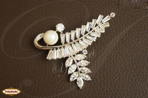 New model saree pins