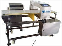 Metal Detector For Products Packed In Foil Packaging With Flapper Rejector
