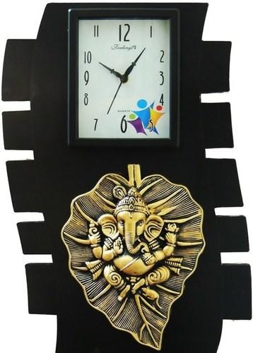 Leaf Ganesh wall clock