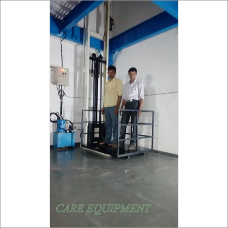 Commercial Hydraulic Goods Lift