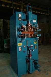 Vertical Center Gathering machine