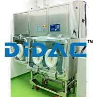 Weighing and Dispensing Containment Isolators