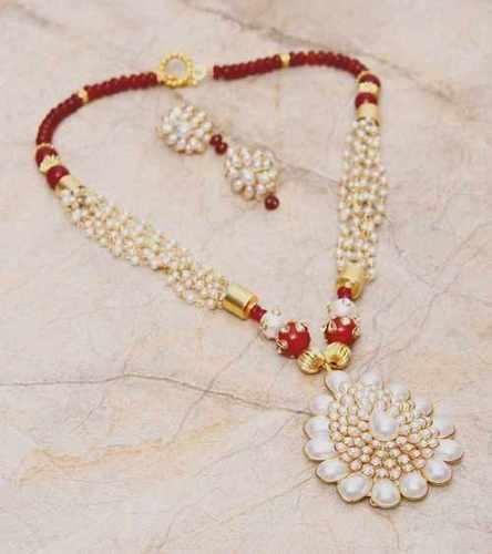 Semi Precious Stones Jewellery At Price Range 600 00 1500 00 Inr Piece In New Delhi Bona Dea Exports