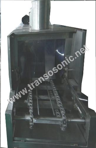 Conveyorised Crate Washing Machine