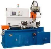 Automatic tube cutting machine