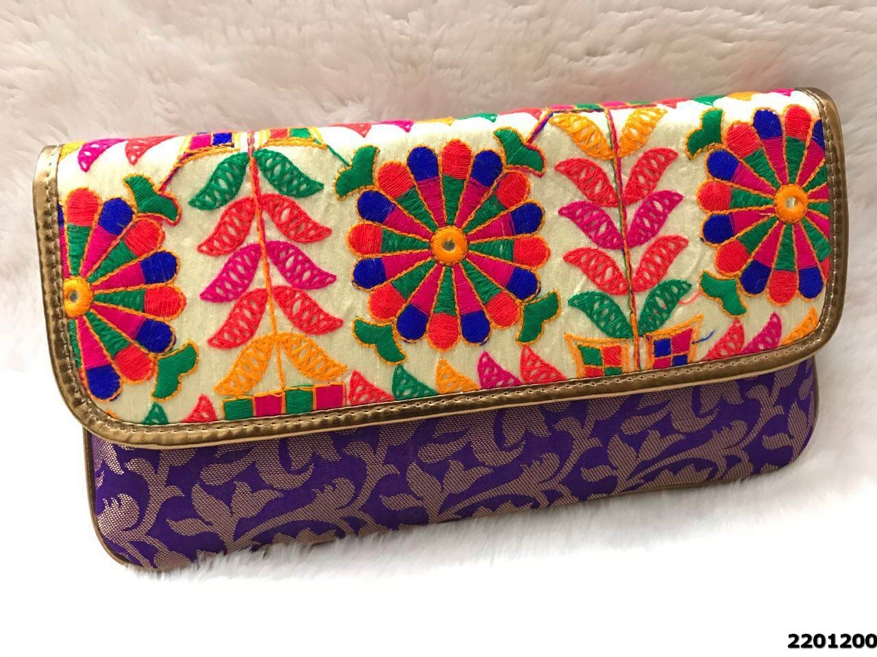 Modern Design Ladies Clutch Bag