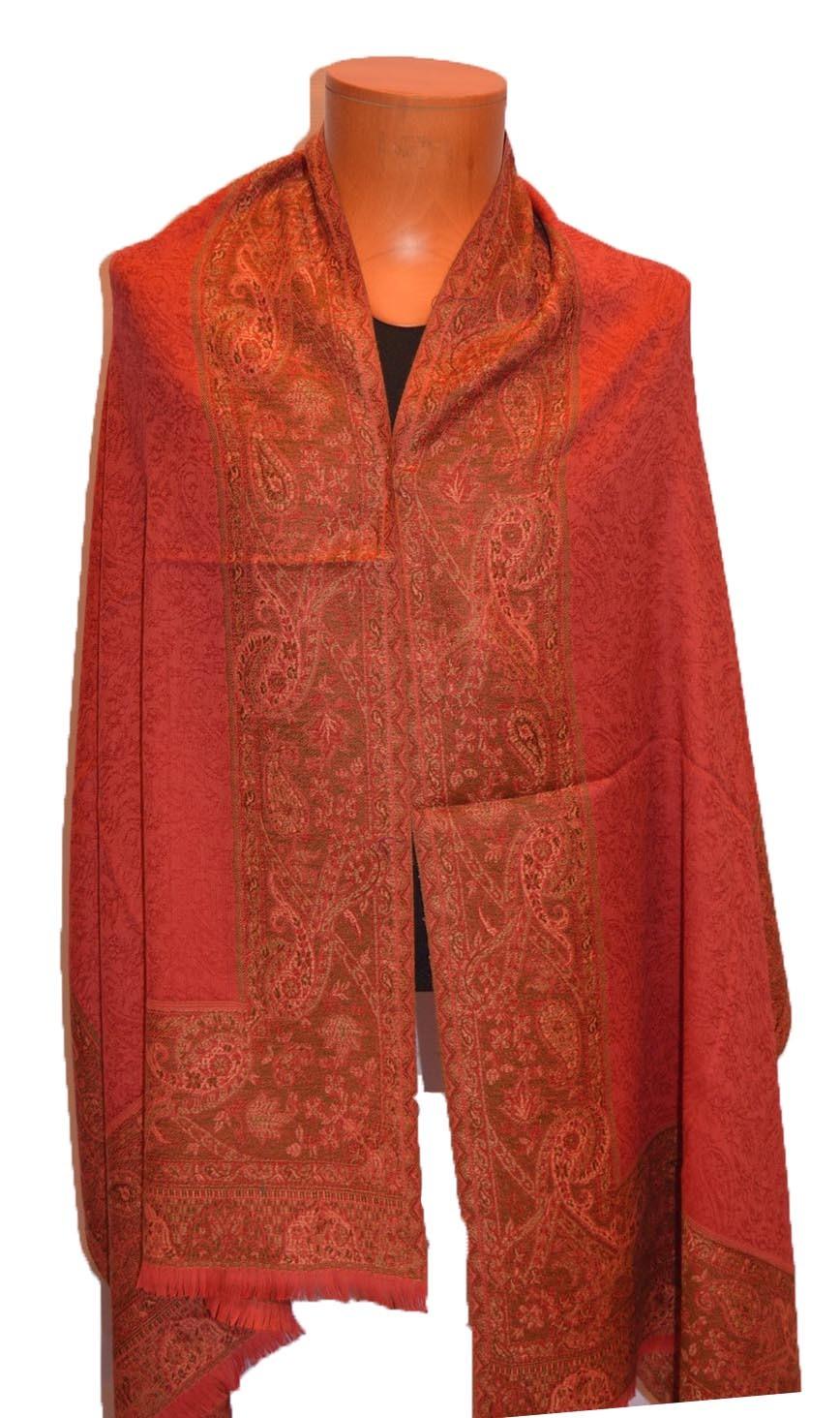 Beautiful Woolen Fashionable Shawl