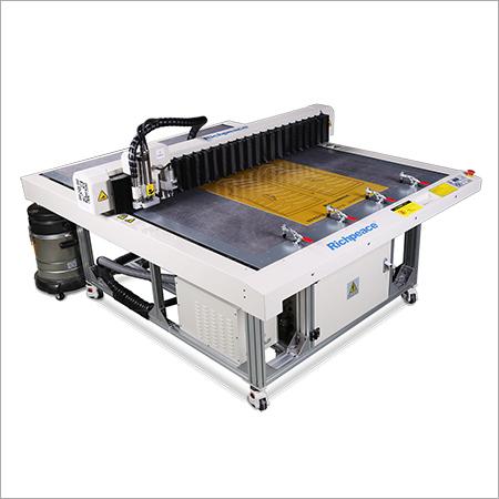 Computerized Template Cutting Machine