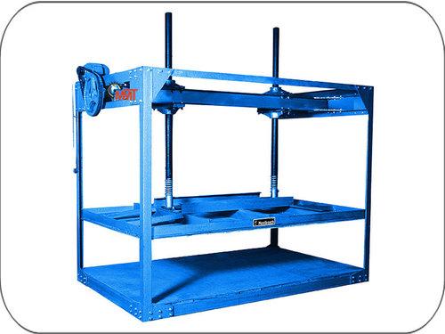Corrugated Paper Board Pressing Machine