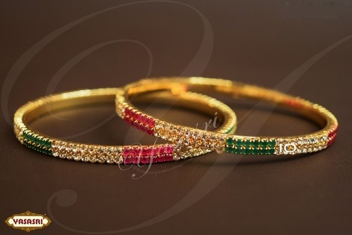 women Traditional Design Bangles