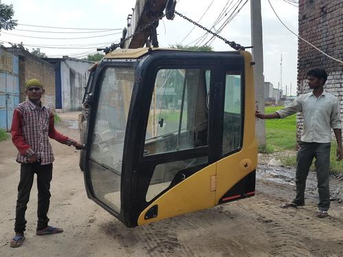 Caterpillar CAT-320C / CAT-320D  Excavator Cabins