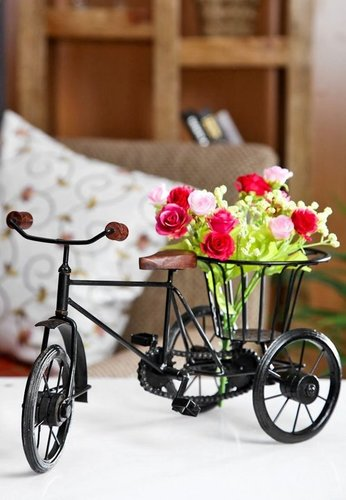 Desi Karigar  Wood Rickshaw Flower Holder , Black