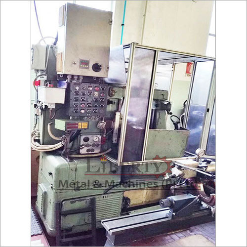 Pfauter P250 Gear Hobbing Machine