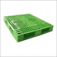 4 Way Entry Deck Plastic Pallets