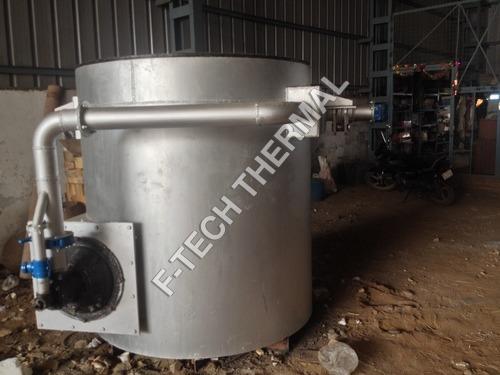 Zinc melting crucible furnace