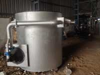 Zinc melting crucible furnace