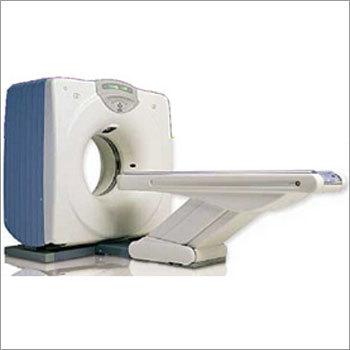 Dual Slice HiSpeed CT Machine