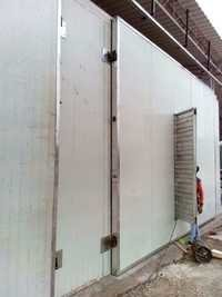 AC ROOM DOOR WITH LOOVER