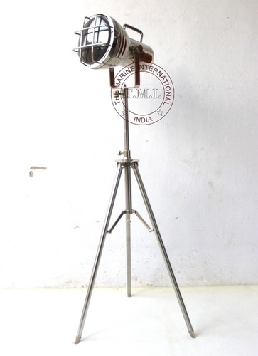 Floor Standing Lamp With Metal Stand