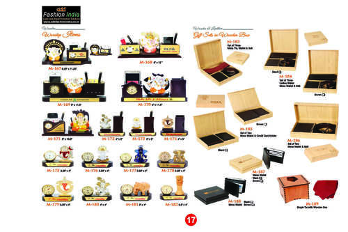 Wooden and Leather Gift Sets in Wooden Box
