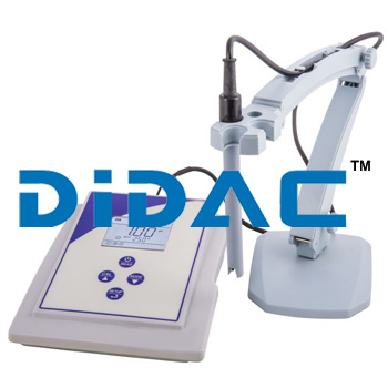 Bench Conductivity With Cell Analyser
